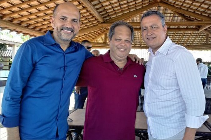 Rui Costa é recebido em novo espaço de eventos do Porto Seguro Eco Bahia Hotel