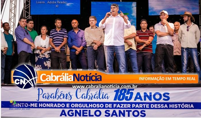 Com apresentação da banda 100 Párea e entrega de retroescavadeira, aniversário de Cabrália é comemorado na zona rural