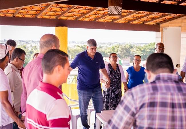 Pastores realizam encontro com o prefeito Agnelo