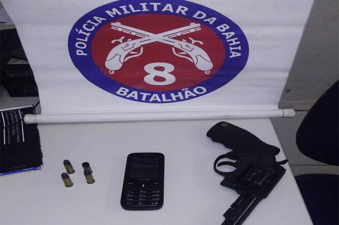 Menor é preso após trocar tiros com a PM em Cabrália