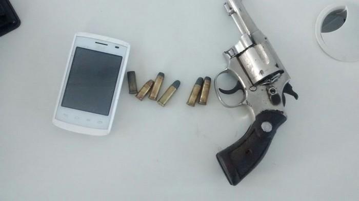 Indivíduo que atirou contra policiais militares em Santa Cruz Cabrália acaba morto em confronto.