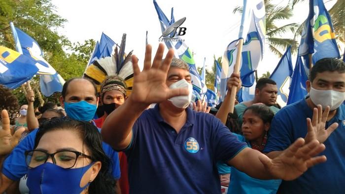 Agnelo Santos inaugura comitê em Cabrália