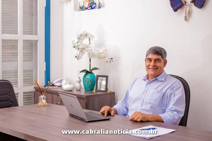 Salário na conta! Prefeito Agnelo antecipa pagamento dos servidores de Cabrália