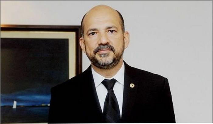 Assessoria de Robério Oliveira contesta estardalhaço da mídia regional, diz que houve equívocos e que decisão do TJ não se aplica à Lei da Ficha Limpa