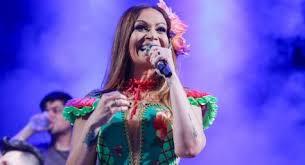 A cantora Solange Almeida será umas das grandes atrações do Réveillon de Cabrália