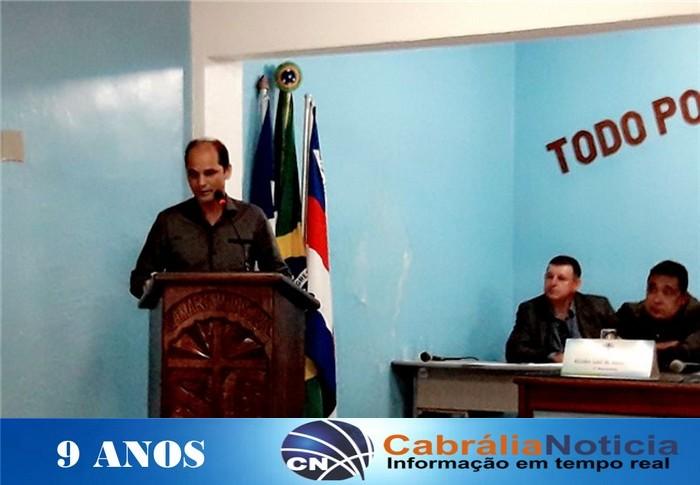 Prefeito de Cabrália participa da sessão de abertura da Câmara e leva mensagem do executivo