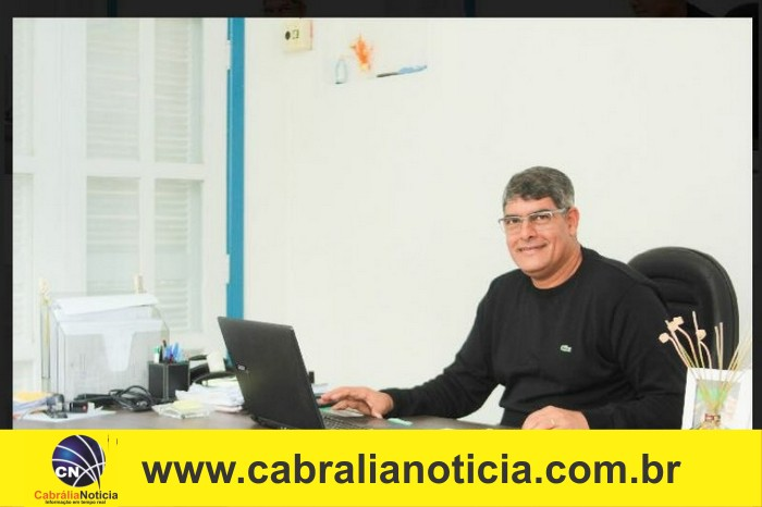 Prefeito Agnelo Júnior assina decretos de nomeação e exoneração em Cabrália