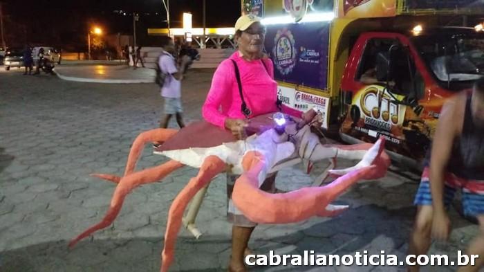 Bloco Manga Rosa Anima a 4a Noite do Carnaval Cultural Cabrália 2019.