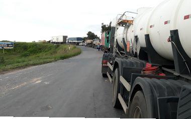 Protestos dos caminhoneiros continuam; BR-101 é rodovia com mais bloqueios na Bahia