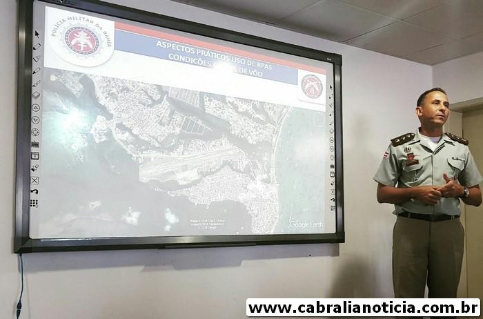 Comandante do 8° Batalhão ministra palestra para o curso de operadores de drones da Polícia Militar da Bahia.