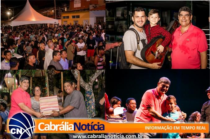 Emoção, homenagens e muito forró marcaram a segunda noite da Festa dos Pescadores em Cabrália