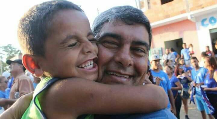 ATRAVÉS DO WHATSSAP PREFEITO AFASTADO AGNELO SANTOS ENVIA MENSAGEM DE NATAL AOS AMIGOS E CORRELIGIONÁRIOS