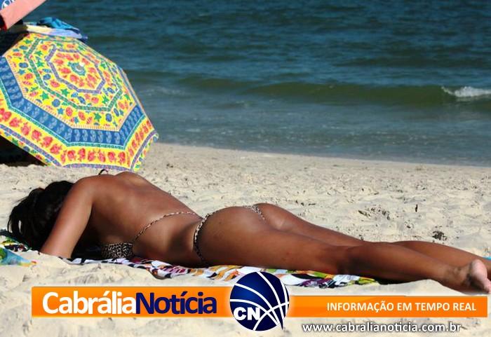 Fim de semana de sol e praias lotadas é o aperitivo para o verão em Santa Cruz Cabrália