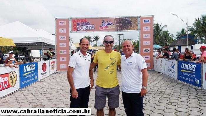 Prefeito participa do Bahia Super MTB de Mountain Bike em Cabrália