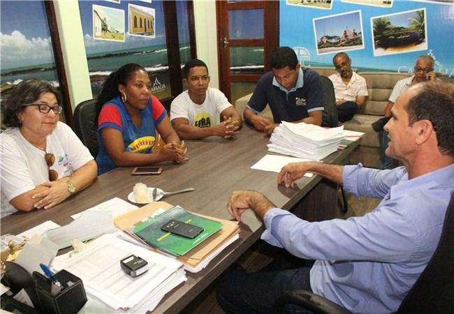 Agentes de Saúde se reúnem com o prefeito Carlos Lero