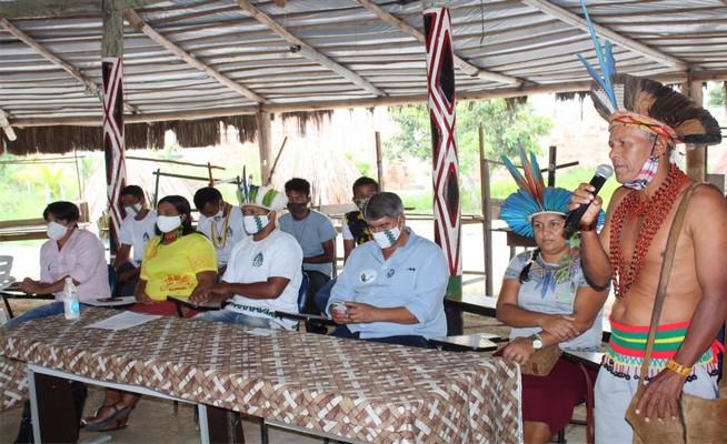 A juventude indígena de Santa Cruz Cabrália realizou essa semana uma reunião histórica na Aldeia Nova com o pré-candidato a prefeito Agnelo Santos.