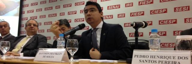 PR PUBLICA DECRETO DE ESTRUTURA REGIMENTAL E CONCRETIZA RECRIAÇÃO DA SEAP
