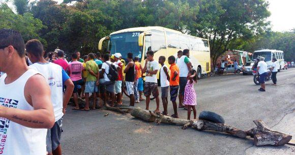 População Indígena fecha BR-367 em protesto por morte de criança em Coroa Vermelha
