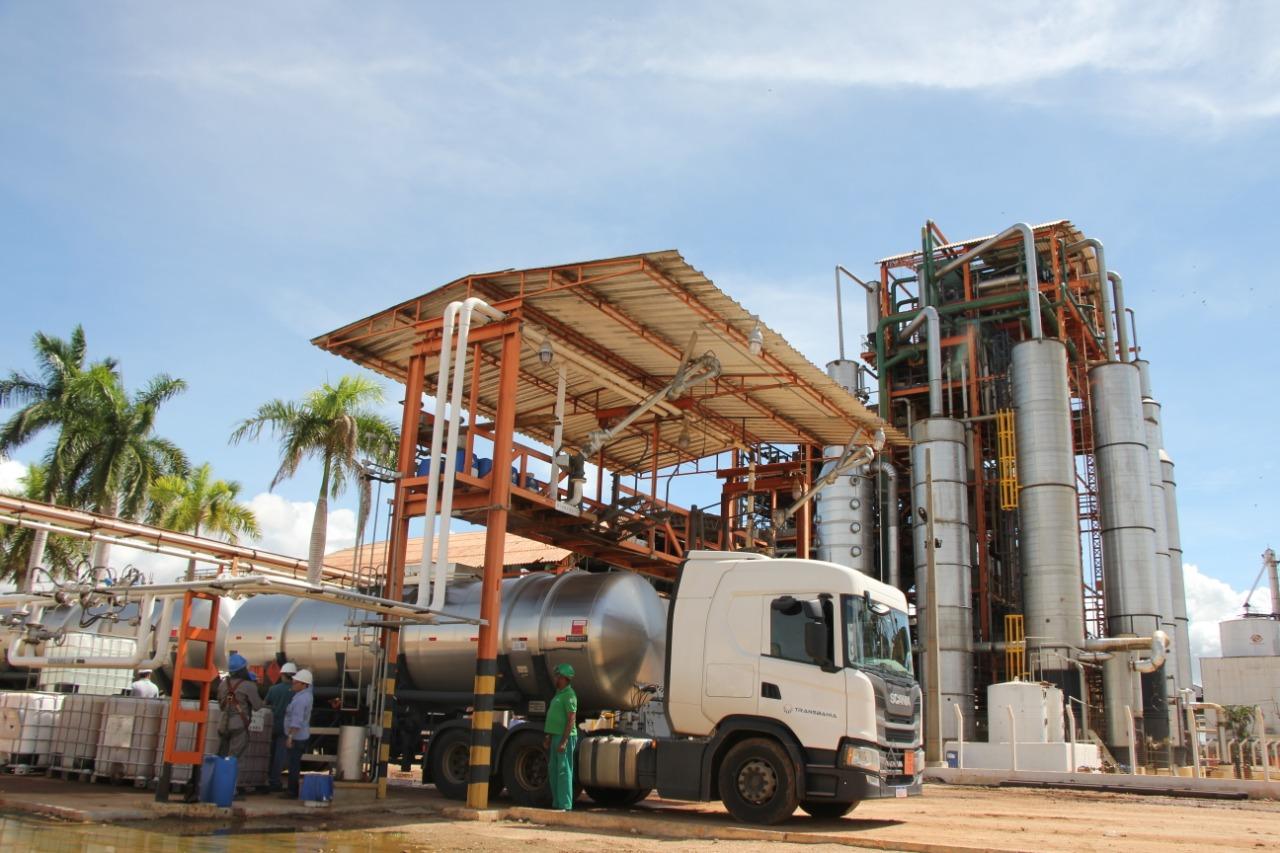 Doação de usinas baianas vai gerar 260 mil litros de álcool 70%