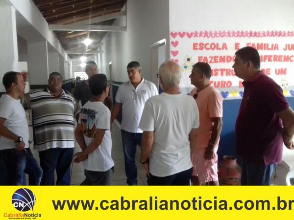 Prefeito Agnelo realiza visita técnica em Ponto Central.