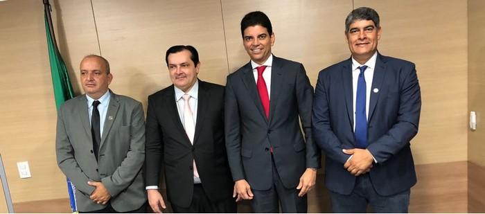 Prefeito Agnelo vai a Salvador e Brasília e traz melhorias para Cabrália