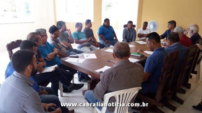 Prefeito Agnelo reúne administradores de bairros