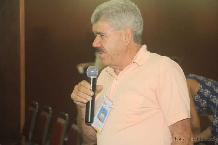 Hoje é o niver do blogueiro e articulador politico, Romalio Moura.