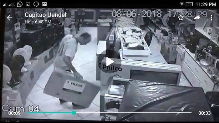 Polícia Militar realiza prisão de indivíduo que praticava furtos em Coroa Vermelha.