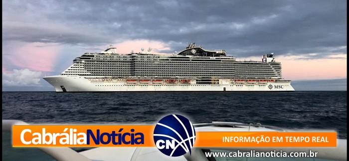 Passageiro passa mal durante cruzeiro e é resgatado pela Marinha em Porto Seguro