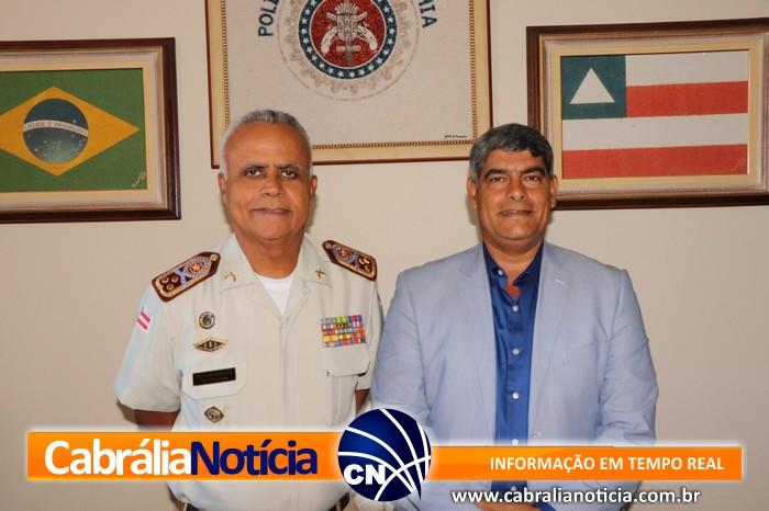 EM SALVADOR PREFEITO AGNELO CONSEGUE AUMENTAR O CONTINGENTE POLICIAL EM CABRÁLIA