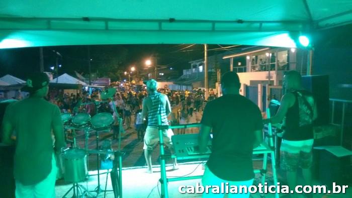 Carnaval Cultural: Bloco Os Mascarados e banda Pura Sedução animaram o sábado em Cabrália