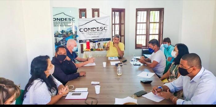 O presidente do  CISCD, Agnelo Santos atualiza os preparativos para a inauguração da Policlínica