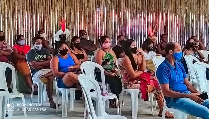 Escolas Indígenas e o Prefeito Agnelo Santos fazem um balanço e planejam as próximas ações para Educação Indígena de Santa Cruz Cabrália.