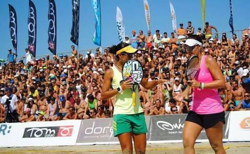 Nathália Costa, Rainha do Rio de Janeiro, confirma presença no Pan-Americano de Beach tennis em Cabrália
