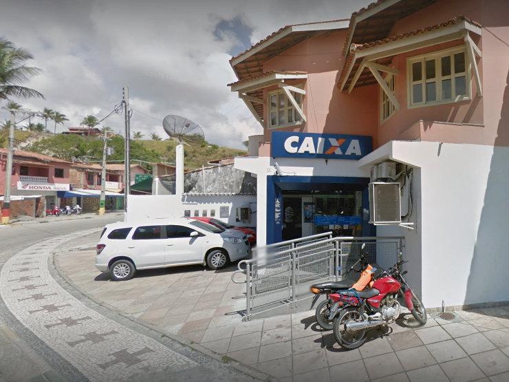 Bancários fazem ato contra o risco de fechamento da Caixa de Cabrália