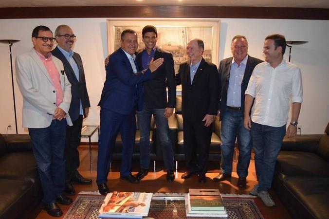 Dep. Federal Claudio Cajado leva 14 prefeitos para a base do Governador Rui Costa.