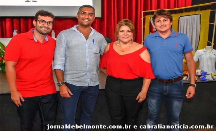 Agentes de Combates às endemias de Porto Seguro, Santa Cruz Cabrália e Belmonte recebem novos KITS de trabalho