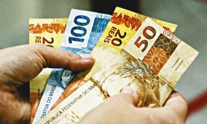 Prefeitura de Cabrália cumpre compromisso e antecipa salários de servidores