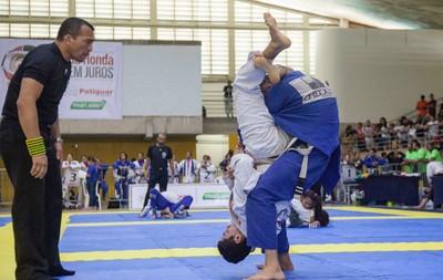 Neste domingo 9, Santa Cruz Cabrália, recebe campeonato profissional de Jiu-Jitsu