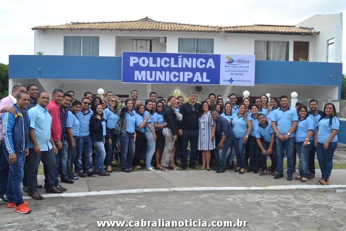 Prefeito Agnelo Santos inaugura Policlínica em Cabrália