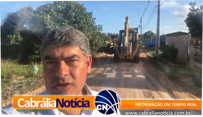 Estrada em manutenção para beneficiar moradores da Pororoca.