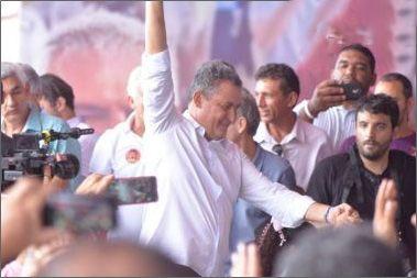 Confirmado como candidato ao governo, Rui aposta na figura de Lula em convenção