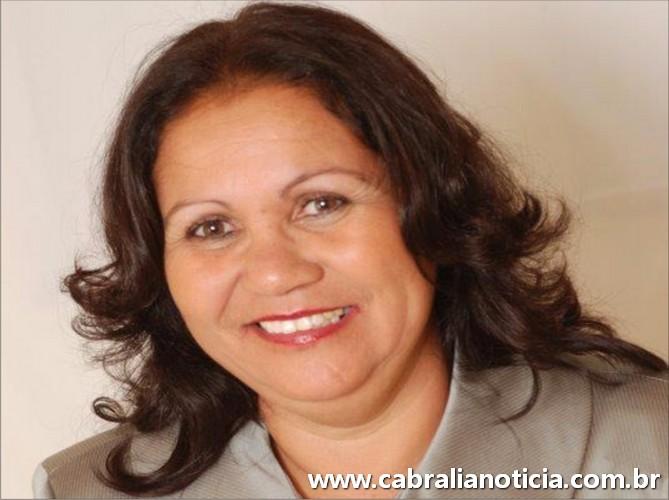 Cabrália tem nova secretária de Educação